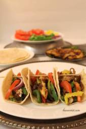 The Savorist | Chicken Fajitas with Corn Tortillas Recipe #Glutenfree #healthy #chicken