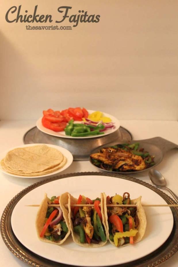 Chicken Fajitas with Corn Tortillas #healthy #easy #glutenfree #chicken | Recipe on www.thesavorist.com