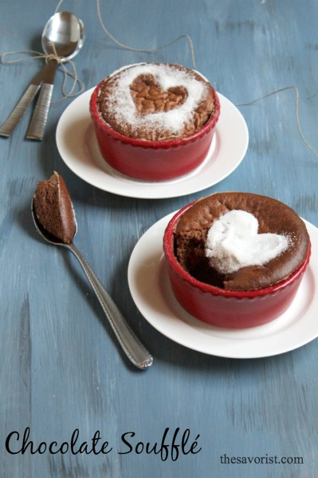 Easy No-Fail Chocolate Souffle Recipe at www.thesavorist.com |Chocolate Souffles | Desserts | #Chocolate  #Recipe