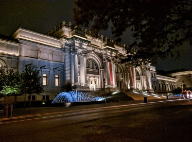 5 Weeks of Summer in New York City – A Love Story, because cynics make the best romantics. Read the full post at The Savorist (www.thesavorist.com). The Metropolitan Museum of Art at night, photographed by The Savorist #NewYorkCityLife #NYC #Manhattan